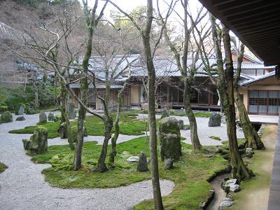 光明禅寺 一滴海の庭(後庭).jpg